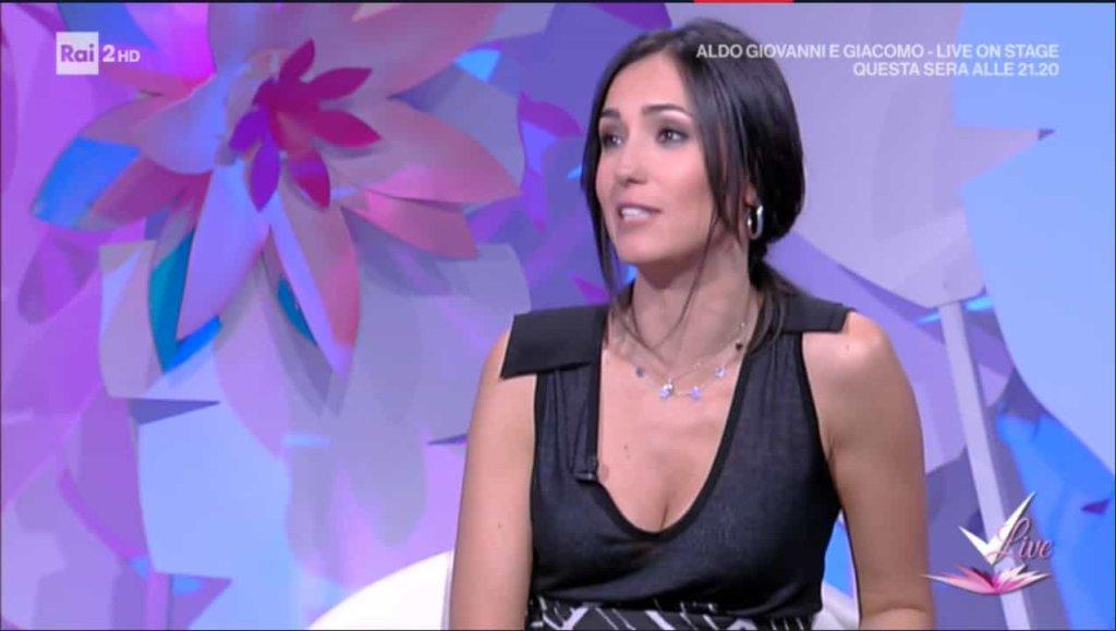 Detto Fatto, il look di Caterina Balivo ed i tutorial di oggi, 2 maggio 2018