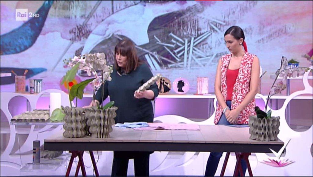 Detto Fatto: il look di Caterina Balivo ed i tutorial di oggi, 17 aprile 2018