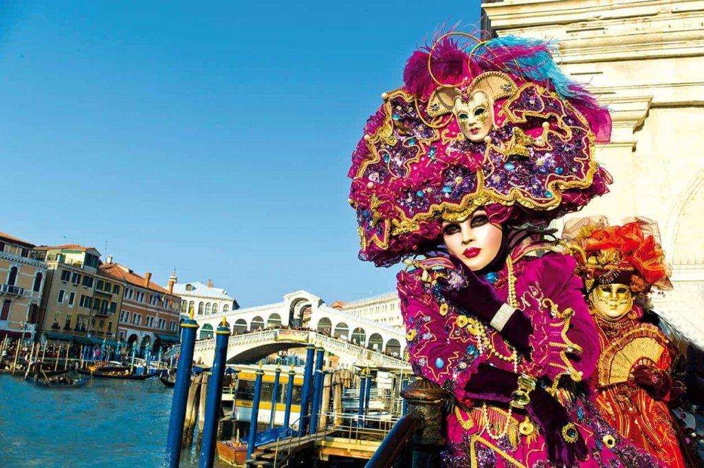 Carnevale 2018: in quali date festeggeremo Martedì e Giovedì Grasso quest'anno!