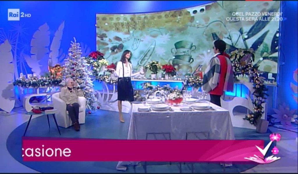 Detto Fatto, il look di Caterina Balivo ed i tutorial di oggi, 4 gennaio 2018