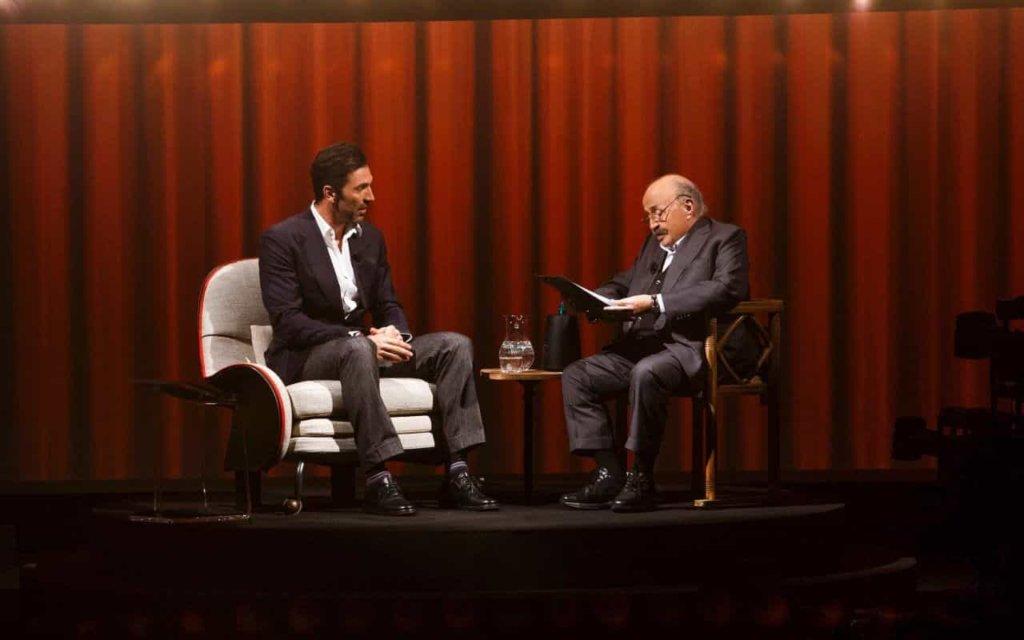 Gigi Buffon ospite a L'Intervista di Maurizio Costanzo parla di Ilaria D'Amico e Alena Seredova!