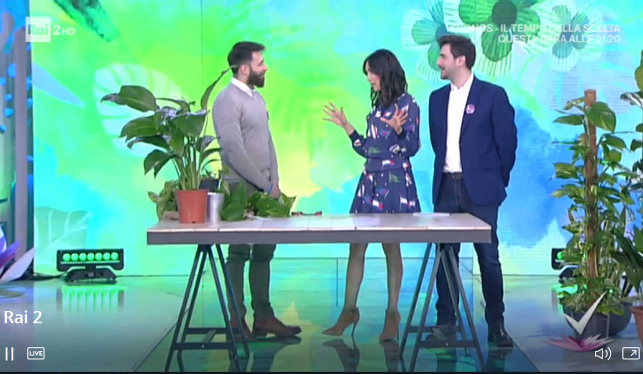 Detto Fatto, il look di Caterina Balivo ed i tutorial di oggi, 16 febbraio 2018
