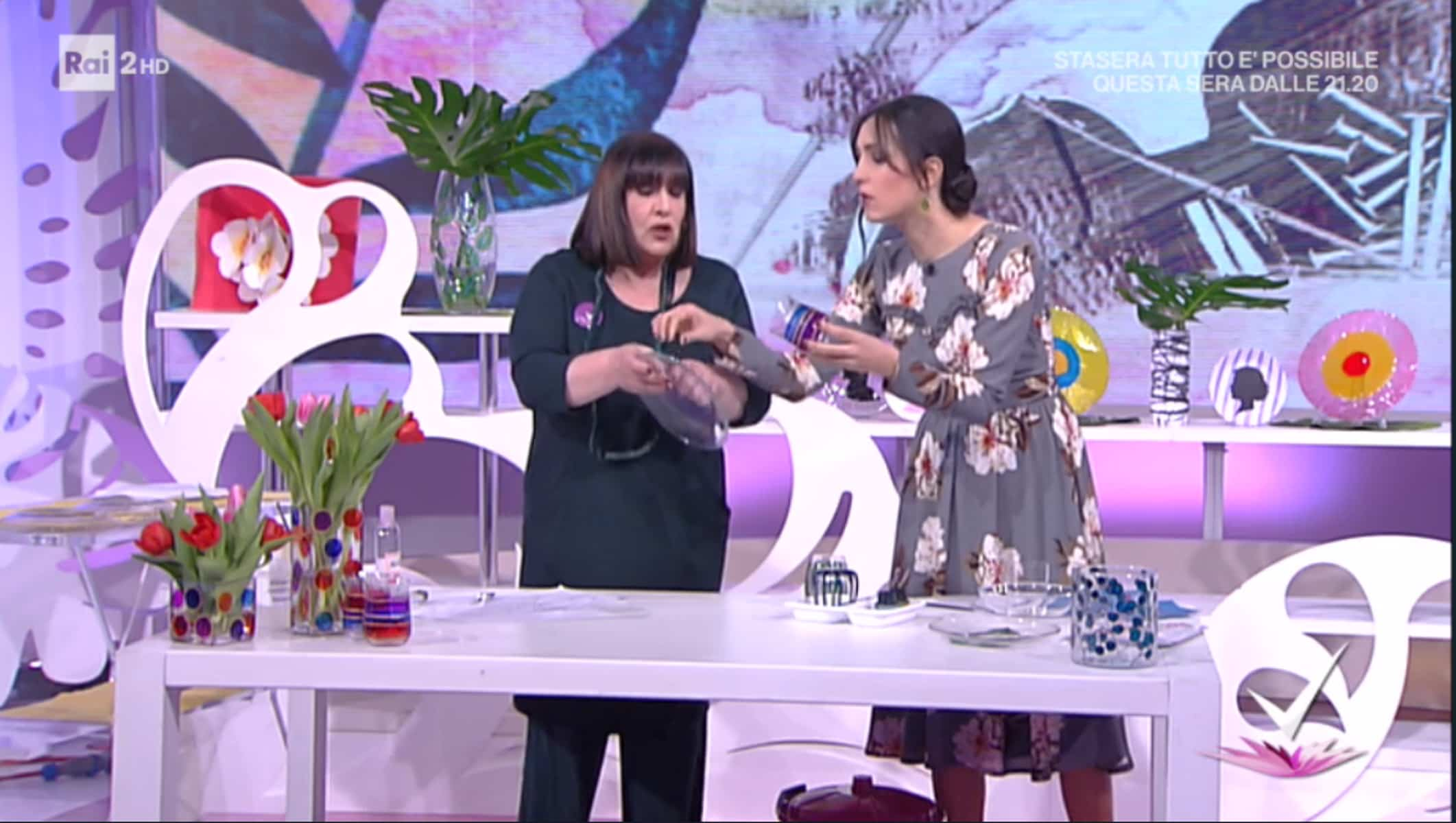 Detto Fatto, il look di Caterina Balivo ed i tutorial di oggi, 20 febbraio 2018