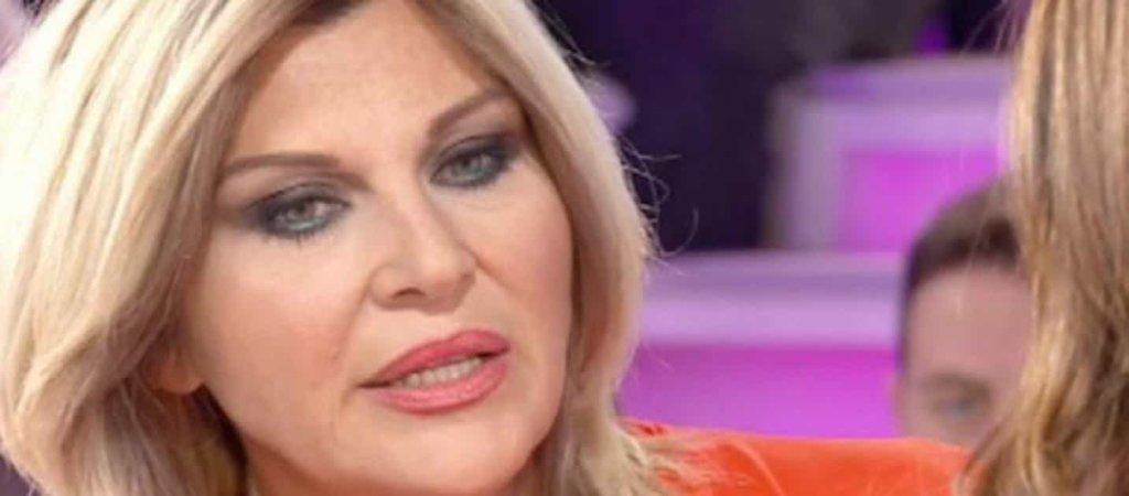 """Isola dei Famosi 22018 ed.13: Nadia Rinaldi non interviene nel caso """"canna-gate"""", le sue dichiarazioni a Oggi"""