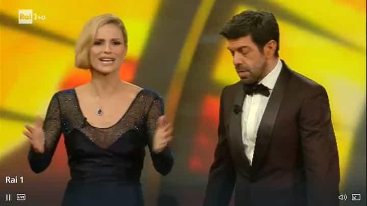 Sanremo 2018: Michelle Hunziker il look della terza serata