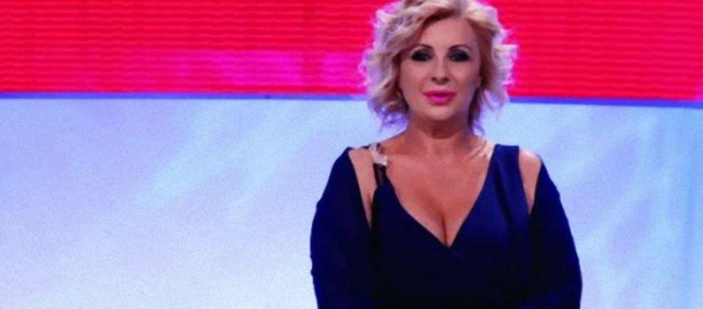 Uomini e Donne, le ultime news: Tina Cipollari sarà la nuova tronista che affiancherà Gemma?