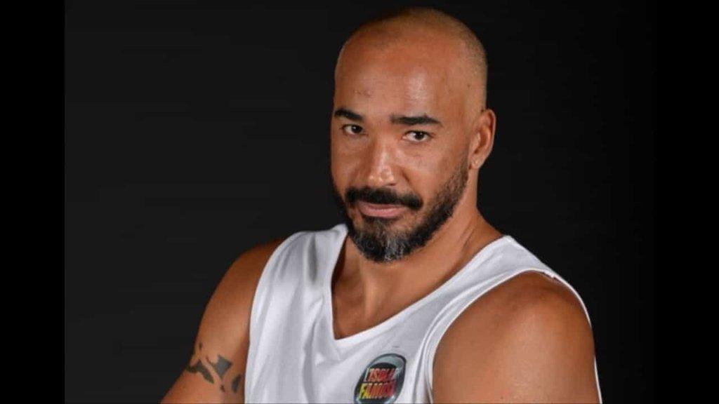 Isola dei Famosi 2018: malore in diretta per Amaurys Perez