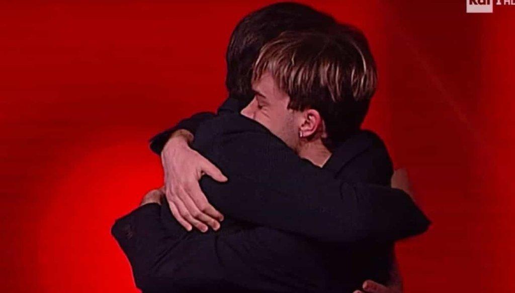 Fabrizio Frizzi: Andrea, il giovane campione de L'Eredità ricorda il conduttore scomparso ieri