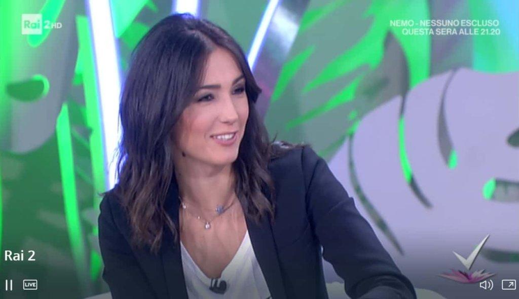 Detto Fatto, il look di Caterina Balivo ed i tutorial di oggi, 30 marzo 2018