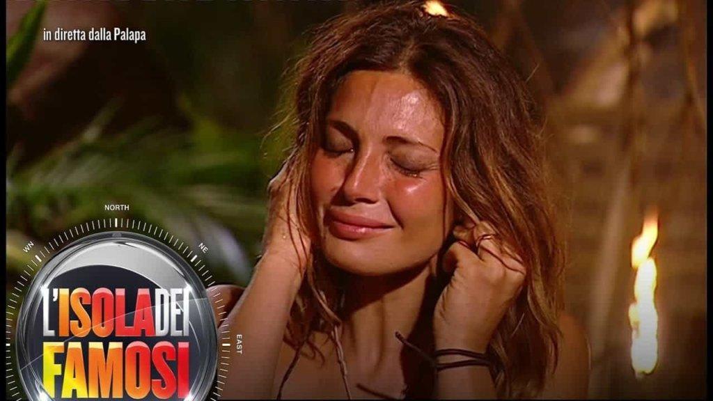 Isola dei Famosi 2018: Jonathan rivela a Rosa la verità su Alessia Mancini