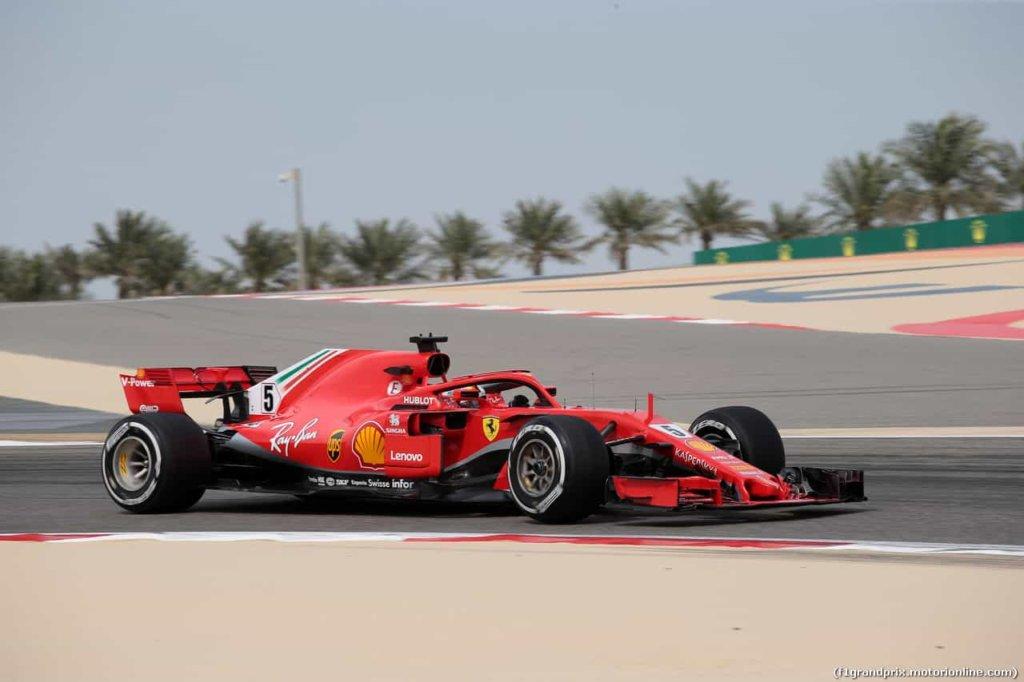 Formula 1, Gran premio di Bahrain: le ferrari di Raikkonen e Vettel dominano nelle seconde libere