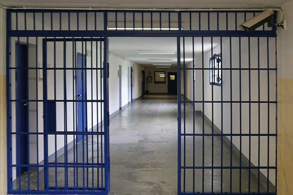 Amnistia e indulto, carceri e detenuti, le ultime news: un detenuto tenta il suicidio a La Spezia