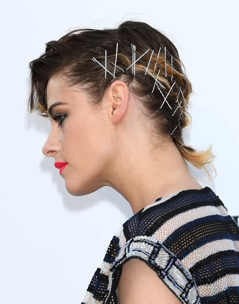 Tagli e acconciature capelli corti: ispirarsi ai look di Kristen Stewart a Cannes 2018