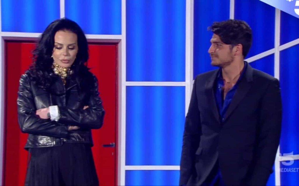 Grande Fratello 2018 Ed. 15: Nina Moric incontra Luigi Favoloso e svela un doloroso segreto