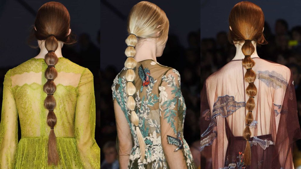 Capelli Primavera Estate 2018: l'acconciatura più in voga per capelli lunghi, la bubble ponytail!