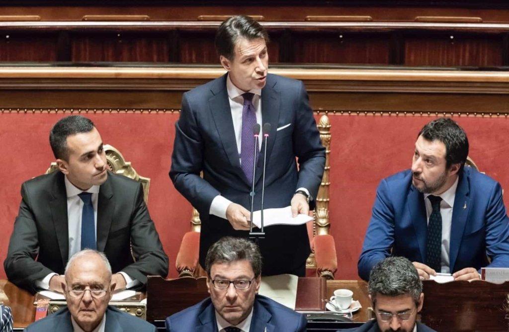 Governo: Conte ottiene la fiducia del Senato con 171 voti a favore