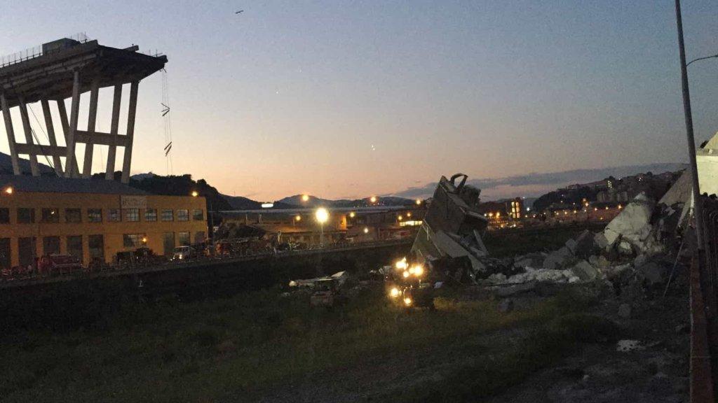 Crollo ponte Morandi: il governo contro Autostrade. La risposta della società in una nota