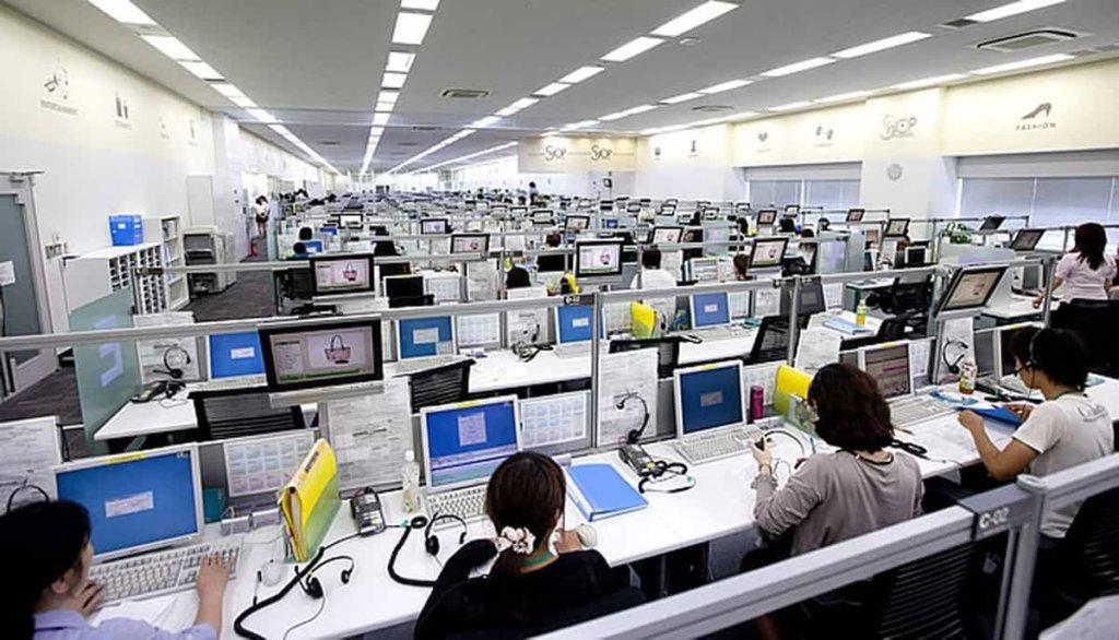 Sostegno al reddito per i lavoratori dei call center: le ultime novità