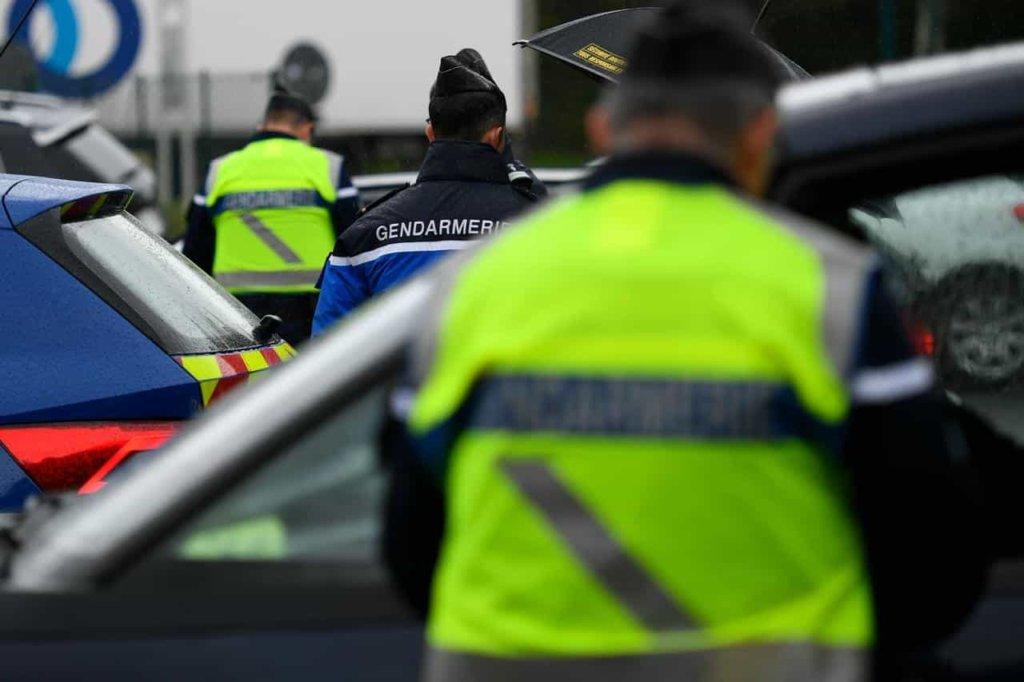 polizia_Francia-min
